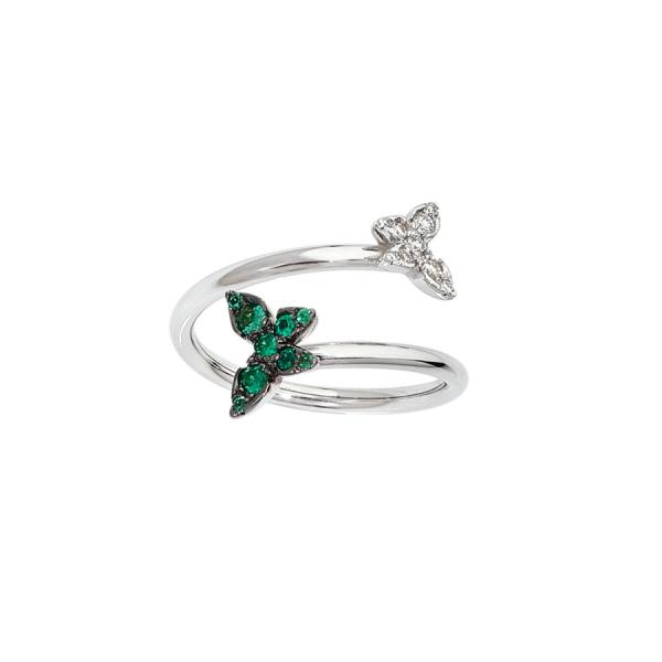 Bague double en or blanc, avec un papillon serti de diamants à une extrémité et un papillon serti d'émeraudes à l'autre extrémité.