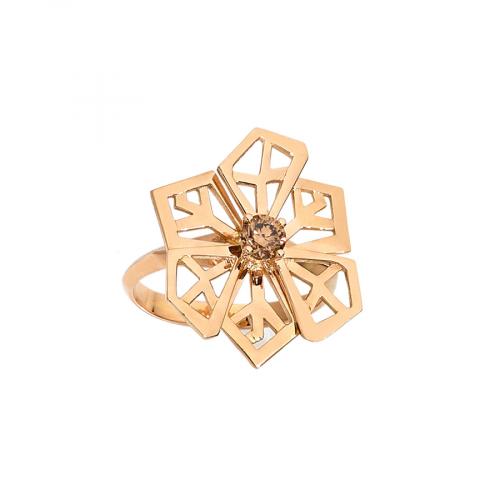 """Bague """"Fleur de cristal"""" en or rose 18 carats sertie d'un diamant brun de taille brillant."""